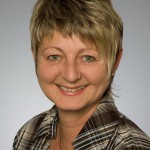 Birgit Funke Leiterin Ambulanter Pflegedienst Telefon: 02942 2400 ambulantepflege@geseke.smmp.de