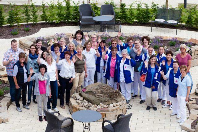 46 Mitarbeiterinnen und Mitarbeiter zählen inzwischen zum Team des Ambulanten Pflegedienstes Haus Maria. Dazu gehören examinierte Pflegefachkräfte, Pflegeassistenten und Alltagsbegleiter. (Foto: SMMP/Beer)